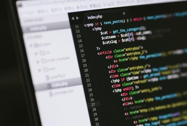 プログラミング ソースコード パソコン 画面